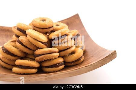 Keks mit Ananasmarmelade
