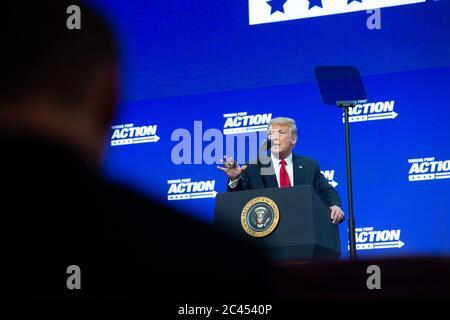 Phoenix AZ, USA. Juni 2020. US-Präsident Donald J Trump bei Wendepunkt-Veranstaltung in Dream City Church in Phoenix, Arizona am 23. Juni 2020. Quelle: albert halim/Alamy Live News - Stockfoto