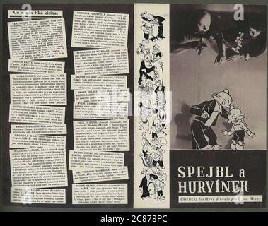 Professor Josef Skupa (1892-1957) war ein tschechischer Puppenspieler, der Anfang der 1920er Jahre seine berühmtesten Puppen schuf: Den komischen Vater Spejbl und seinen raschalischen Sohn Hurvinek, der 1930 das erste] moderne professionelle Puppentheater aufbaute. Während der nationalsozialistischen Besetzung der Tschechoslowakei führte Skupa auf Hunderten von Bühnen in der gesamten Tschechoslowakei satirische und allegorische Puppenspiele durch, die zur Inhaftierung der Marionetten durch die Nazis führten (in einem Aktenschrank!) Für das sein im Allgemeinen zu subversiv. Nach 1945 produzierte Skupa weiterhin Arbeit für Kinder und Erwachsene in der Tschechoslowakei und trat auch im Ausland auf. Präs