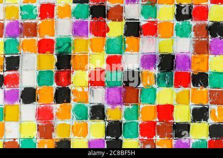 Abstrakte bunte Quadrate auf Leinwand mit Acrylfarbe gemalt