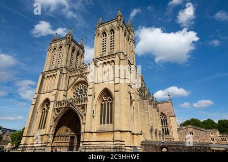 Bristol Cathedral, College Green, Bristol, England. Juli 2020