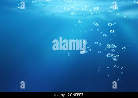 Luftblasen unter Wasser - Stockfoto