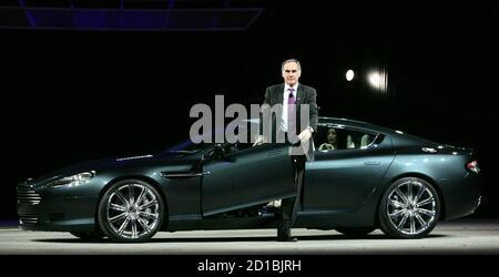 Ein Aston Martin Rapide S Sport Limousine Mit Vier Türen Im Aston Martin S Neues Werk Fotografiert Im St Athan In Das Tal Von Glamorgan Stockfotografie Alamy