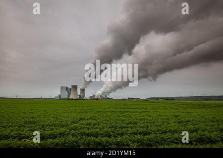 Ein Kernkraftwerk in der Nähe von Bonn in Deutschland