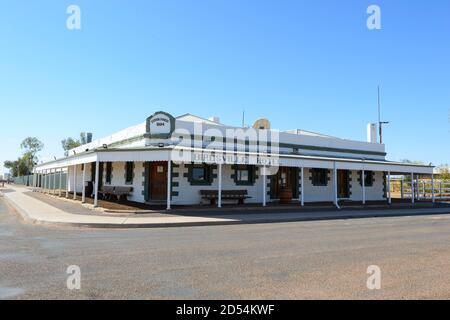 Das Birdsville Hotel ist ein legendärer, denkmalgeschützter Outback Pub, 1884, Birdsville, Queensland, QLD, Australien