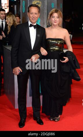 Richard E Grant und Tochter Olivia bei der Verleihung der EE British Academy Film Awards 2014 im Royal Opera House, Bow Street, London. Stockfoto