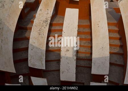 Details zur Struktur des Astronomischen Observatoriums Jantar Mantar In Neu-Delhi