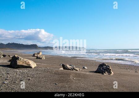 Unberührter Strand am Okarito im Westland Tai Poutini Nationalpark An Neuseelands wilder Westküste auf der Südinsel