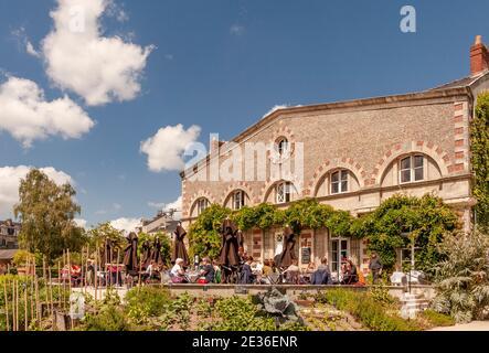 Das Café de l'Orangerie im Jardin des Plantes, Nantes