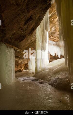 Blick vom Inneren der Eben Eishöhlen Stockfoto
