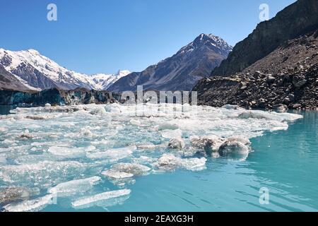 Eisberge in der Nähe des Tasman Glacier in Mt Cook-Nationalpark Stockfoto