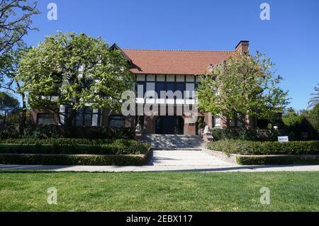 Los Angeles, California, USA 12th. Februar 2021 EINE allgemeine Sicht der Atmosphäre des Wrigley House am 553 S. Windsor Blvd am 12. Februar 2021 in Los Angeles, Kalifornien, USA. Foto von Barry King/Alamy Stockfoto