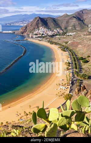 Teneriffa Strand Teresitas Kanarische Inseln Meer Wasser Reise Reisen Hochformat Atlantik Natur.