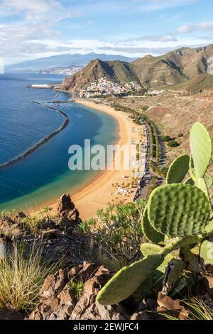 Teneriffa Strand Teresitas Kanarische Inseln Meer Wasser Spanien Reise Reise Portrait Format Atlantik Natur.