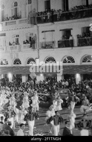 Carnaval, Havanna, Havanna (Kuba : Provinz), Havanna (Kuba), Kuba, 1964. Aus der Sammlung Deena Stryker Photographs. ()