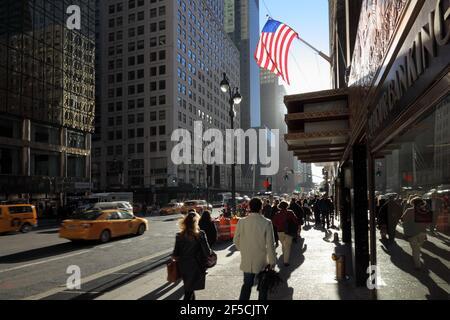 Geographie / Reisen, USA, New York, New York City, Morgen auf der 42nd Street, Midtown Manhattan, New , Additional-Rights-Clearance-Info-not-available