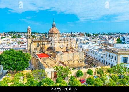 Luftaufnahme der Kathedrale des heiligen Retters in Jerez De la Corso in Spanien Stockfoto