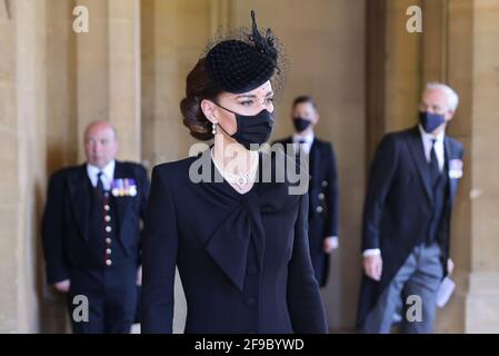 Die Herzogin von Cambridge bei der Beerdigung des Herzogs von Edinburgh in Windsor Castle, Bekshire. Bilddatum: Samstag, 17. April 2021. Stockfoto
