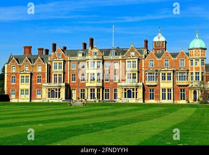 Sandringham House, Norfolk, Landsitz, von HM the Queen, 19. Jahrhundert, britisch-viktorianische Architektur, England Großbritannien