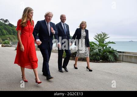 (Von links nach rechts) Carrie Johnson, Premierminister Boris Johnson, US-Präsident Joe Biden und First Lady Jill Biden gehen vor dem G7-Gipfel in Cornwall vor dem Carbis Bay Hotel, Carbis Bay, Cornwall. Bilddatum: Donnerstag, 10. Juni 2021.
