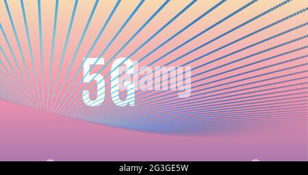Digital generiertes Bild von blauen Lichtspuren über 5g-Text auf gelbem und rosafarbenem Verlaufshintergrund