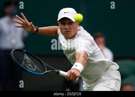 Tennis - Wimbledon - All England Lawn Tennis and Croquet Club, London, Großbritannien - 28. Juni 2021 der britische Jack Draper in Aktion während seines ersten Runden-Spiels gegen den serbischen Novak Djokovic REUTERS/Paul Childs