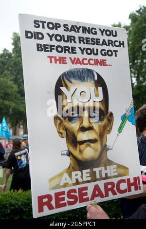 Parliament Square, London 27. Juni 2021. Protest durch Impfskeptiker