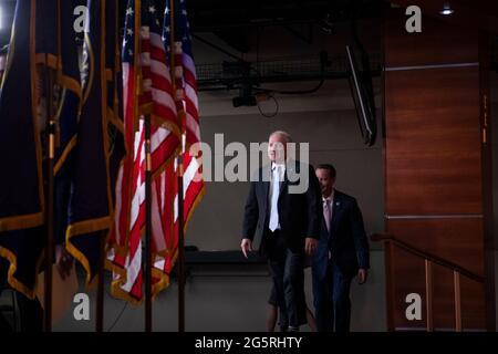 Der Minderheitsfrachtschiff des Repräsentantenhauses der Vereinigten Staaten, Steve Scalise (Republikaner von Louisiana), trifft am Dienstag, den 29. Juni 2021, zu einer Pressekonferenz im US-Kapitol in Washington, DC, ein. Kredit: Rod Lampey / CNP/Sipa USA