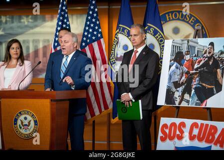 Steve Scalise (Republikaner von Louisiana), ein Minderheitsfrachtiger des Repräsentantenhauses der Vereinigten Staaten, hält am Dienstag, den 20. Juli 2021, im US-Kapitol in Washington, DC, eine Rede. Kredit: Rod Lampey/CNP