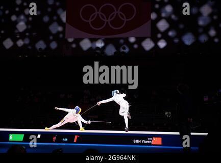 SUN Yiwen (CHN), rechts gegen Ana Maria POPESCU (ROU), Aktion, Fechtfinale, Frauen-epee, Frauen-epee-Einzelperson am 07/24/2021, Olympische Sommerspiele 2020, von 07/23 bis 2021. - 08.08.2021 in Tokio/Japan.