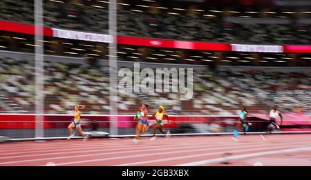 Olympische Spiele 2020 in Tokio - Leichtathletik - 200 m der Frauen - Semifinale - Olympiastadion, Tokio, Japan - 2. August 2021. Die Athleten treten gegen REUTERS/Aleksandra Szmigiel an