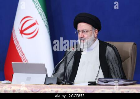 Teheran, Teheran, Iran. August 2021. Der iranische Präsident EBRAHIM RAISI spricht während eines Kabinettstreffens in Teheran, Iran (Foto: © Iranischer Ratsvorsitz via ZUMA Press Wire)