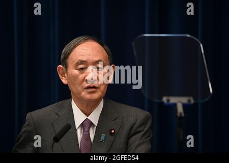 Tokio, Japan. August 2021. Japans Premierminister Yoshihihide Suga spricht während einer Pressekonferenz im Büro des Premierministers in Tokio. (Bild: © POOL via ZUMA Press Wire) Bild: ZUMA Press, Inc./Alamy Live News
