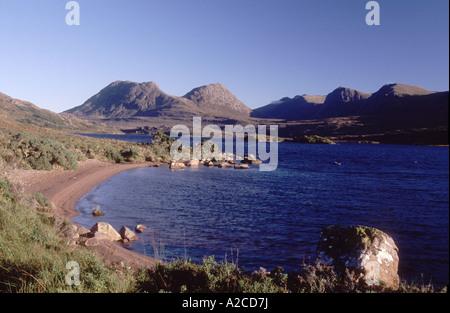 Loch Bagagyle und die Coigach-Hügel. Ross-Shire, Schottland.  GPL 4344-409 - Stockfoto