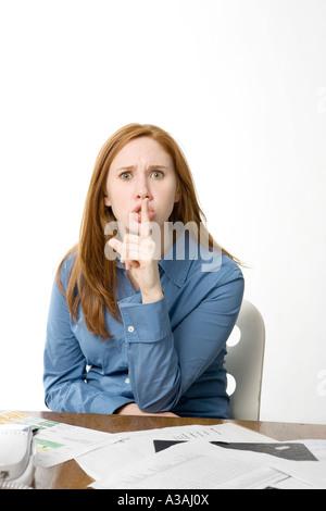 Frau bleiben Geheimnisse - Stockfoto