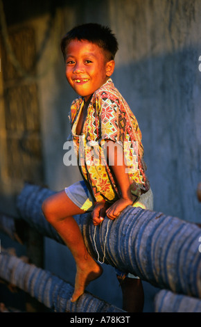 Philippinen Malapascua Island junge im Sonnenlicht - Stockfoto