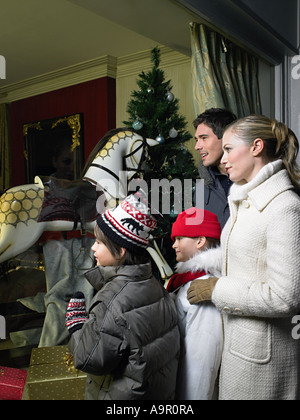 Familie, Weihnachts-shopping - Stockfoto