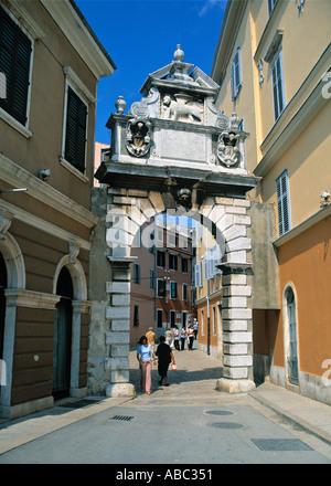 Balbi-Bogen, Rovinj, Istrien, Kroatien - Stockfoto