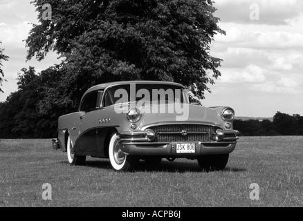 Buick Serie 60 Jahrhundert von 1955. - Stockfoto