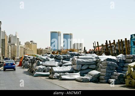 """Dubai, """"Vereinigte Arabische Emirate"""" Dubai Port Einkaufsviertel in der Nähe von traditionellen Spice Souk Shopping - Stockfoto"""