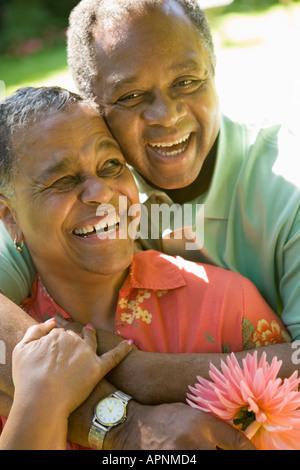 Porträt des Paares im freien - Stockfoto