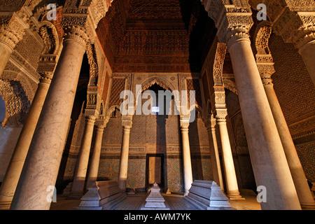 Herrliche Mausoleum mit hölzernen Kuppel, saadien Gräber, Medina, Marokko, Afrika - Stockfoto