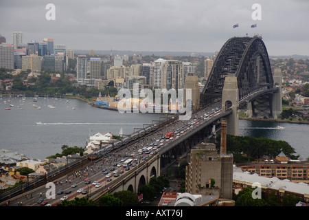 """""""Masse"""" Radsport-Event Hauptverkehrszeiten Freitagnachmittag, Sydney Harbour Bridge 30. November 2007, Australien. - Stockfoto"""