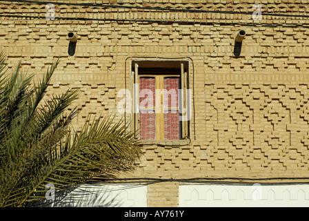 Fassade von einer Adobe Haus Tozeur Tunesien - Stockfoto
