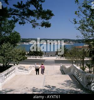 Barocktreppe Zwischen Altstadt Und Hafen, Blick Zum Hafen, Mahon, Menorca, Balearen - Stockfoto