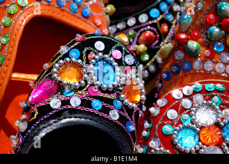 Jeweled indische Schuhe - Stockfoto