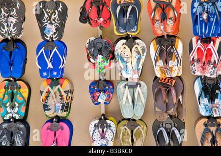 ZIHUATANEJO, Mexiko - flip-flops auf dem Display ein shope in Zihuatanejo, Mexiko - Stockfoto