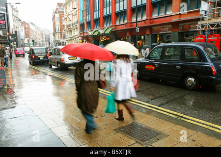 In der Nähe von Piccadilly Circus Shaftesbury Avenue London - Stockfoto