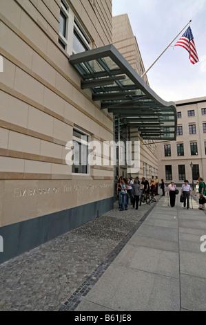 Neue amerikanische Botschaft am Brandenburger Tor in Berlin - Stockfoto