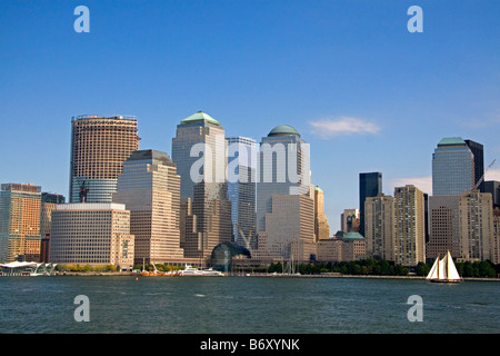 Modernes Büro Gebäude Hochhäuser entlang der lower West Side in New York City New York USA - Stockfoto